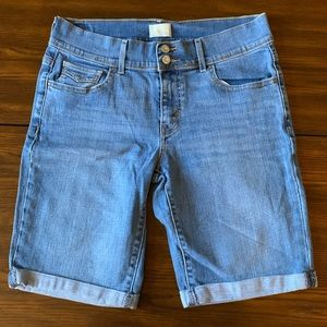 Levi's 515 Bermuda Shorts